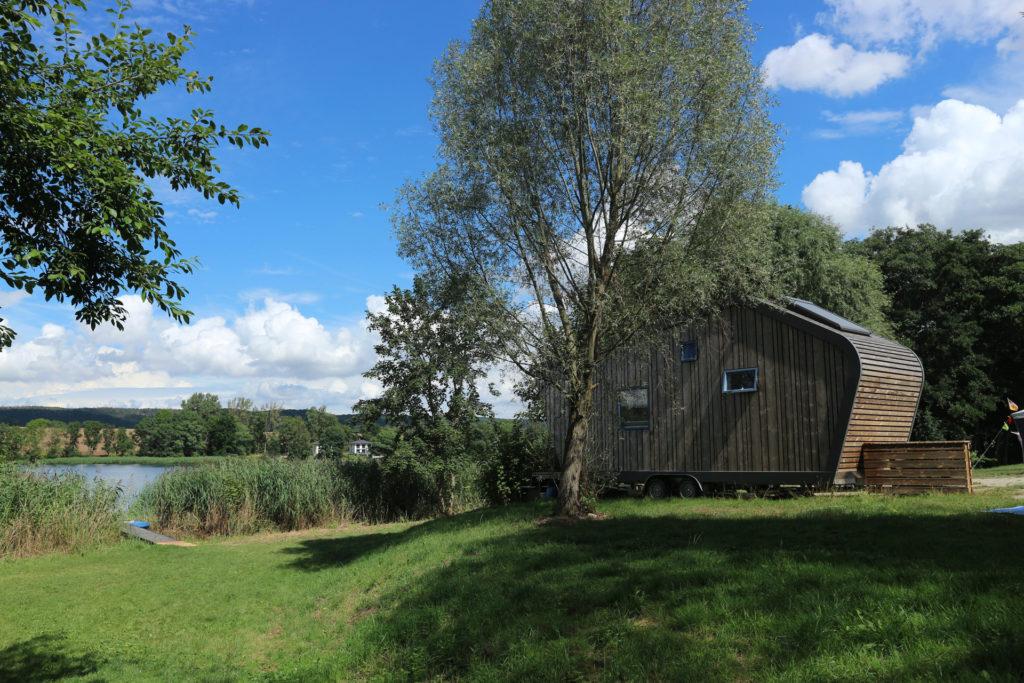 """Blockhaus """"Hytte"""", gelegen an einem See"""