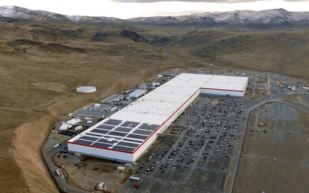 Blick aus der Vogelperspektive auf Teslas Gigafactory 1 im US-Bundestaat Nevada