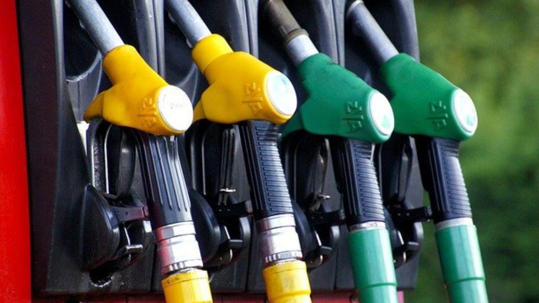 Tankstutzen an Zapfsäule