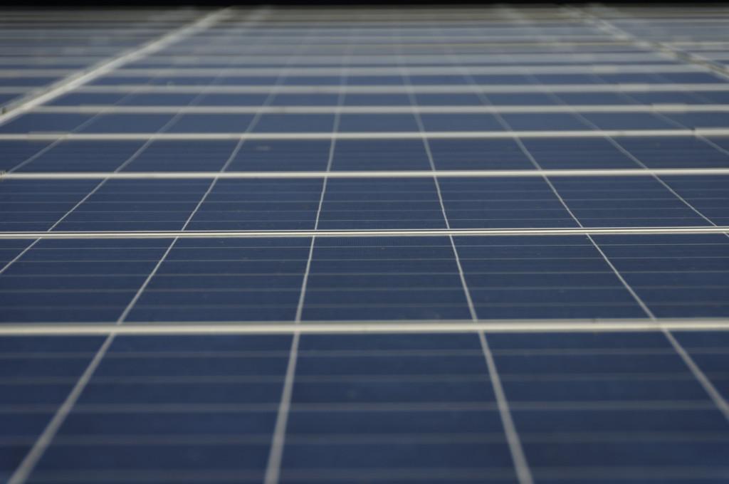 Solarzellen - Durch die Decke
