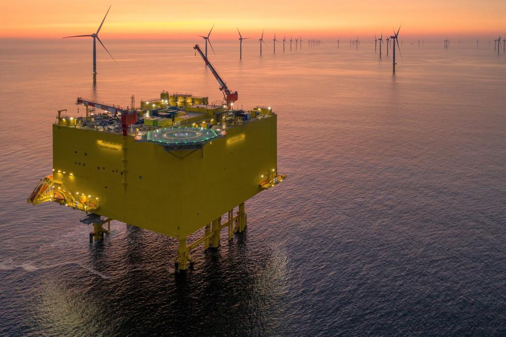 Umspannwerk für Windparks in der Ostsee für ein sauberes Klima