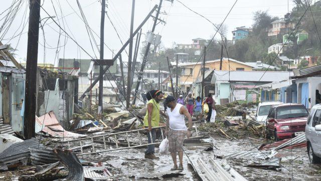 Verwüstete Antilleninsel Dominica nach Durchzug des Hurrikans Maria