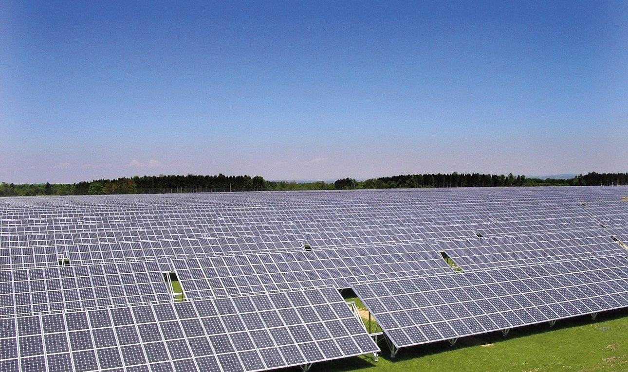 Freiland-Solarkraftwerk