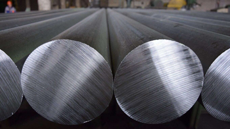 frisch produzierte Aluminium-Rundbarren