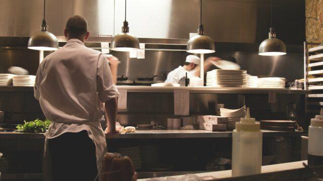 Köche in einer Restaurant-Küche